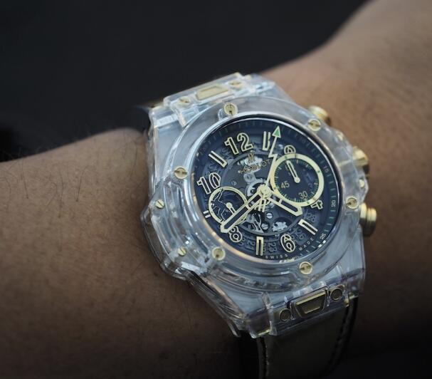 Many elements on the dial have embodied the close relationship between Hublot and Usain Bolt.