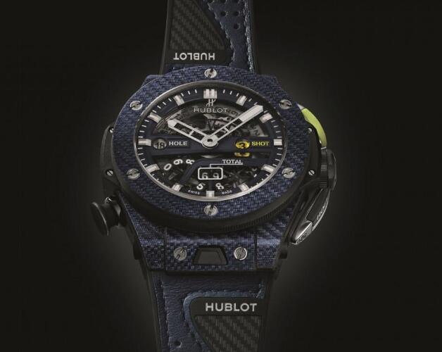 Made of the innovative material, this Hublot is very light.